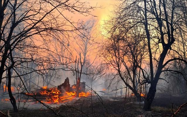 Πυρκαγιά Τσερνόμπιλ: Δεν έχει ανιχνευθεί ραδιενέργεια στην ελληνική ατμόσφαιρα