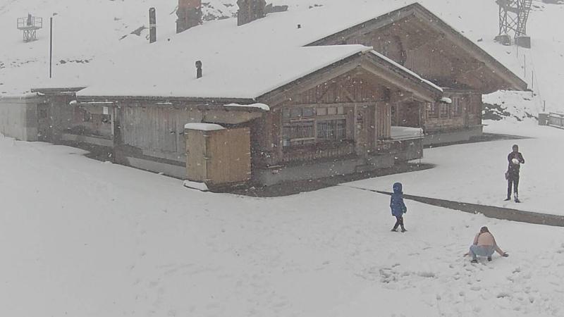 Χιόνισε στις Άλπεις (φωτογραφίες)