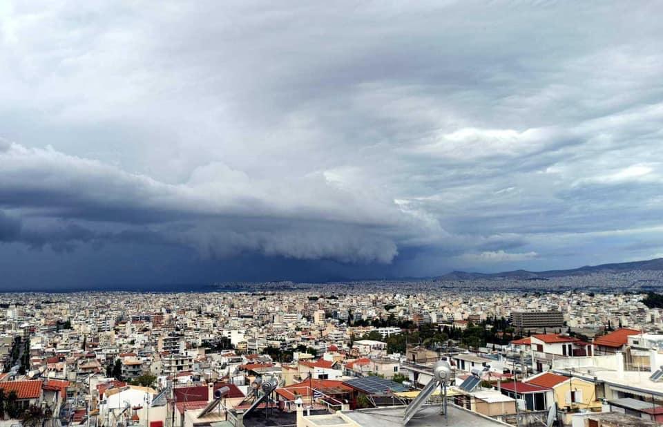 Τα νεότερα προγνωστικά στοιχεία για την επικείμενη μεταβολή του καιρού στις 18-11-2020 (+Χάρτες επιφανείας, ανώτερης ατμόσφαιρας και υετού)