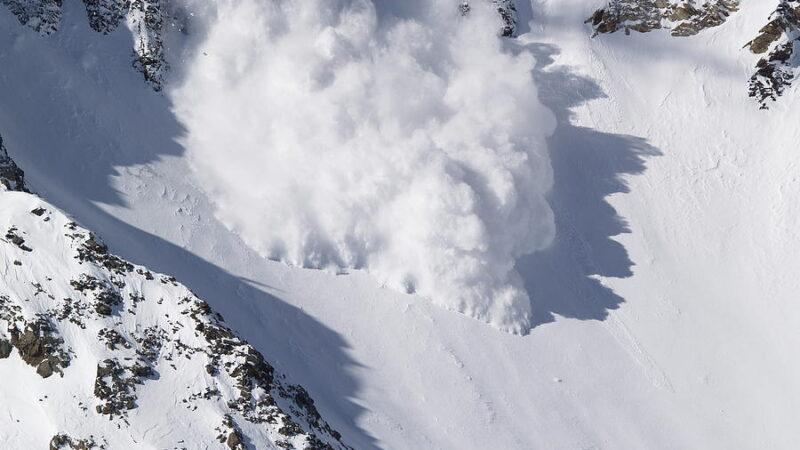 Χιονοστιβάδες και βουνό