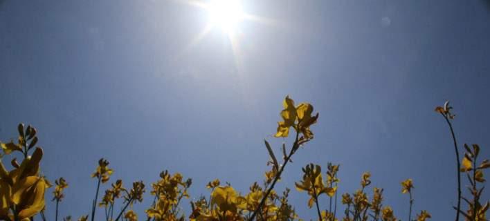 Βελτιώνεται σταδιακά ο καιρός, με άνοδο της θερμοκρασίας σε πιο ανοιξιάτικα επίπεδα.