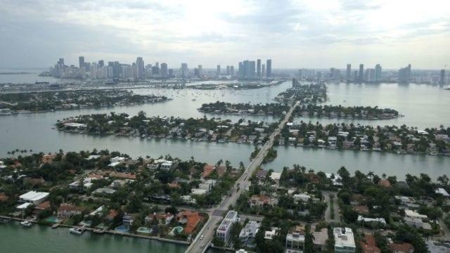 Ταχύτερα αυξάνεται η στάθμη της θάλασσας σε μεγάλες πόλεις