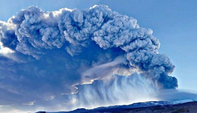 Έβρεξε ηφαιστειακή τέφρα στην Πάτρα!! (φωτό)