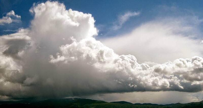 Πρόγνωση Θεσσαλίας και Σποράδων 3-4/4/21 Ανεβασμένες θερμοκρασίες με μπόρες στα ορεινά (+χάρτης βροχής)