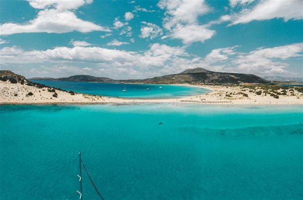 Η Ελλάδα στις 5 χώρες της ΕΕ με «εξαιρετικής ποιότητας» ύδατα κολύμβησης