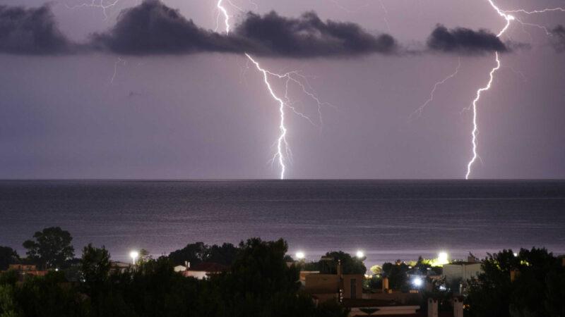 Μεταβολή του καιρού από τις επόμενες ώρες με καταιγίδες στα βόρεια.